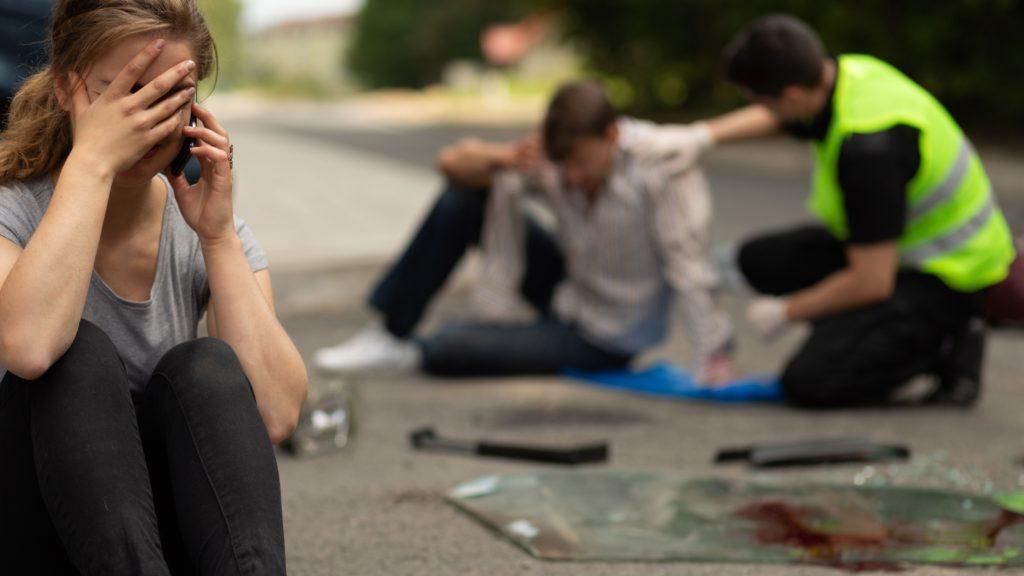 Esto es lo que debes hacer si sufres un accidente de auto por atropello en NY