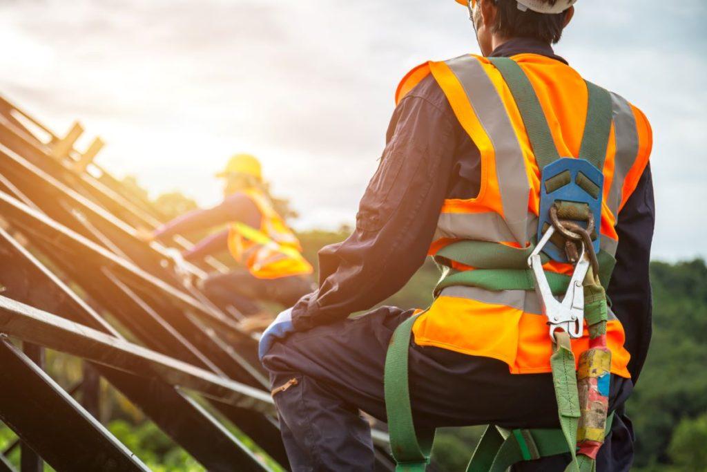 Curso de seguridad ocupacional y estándares de salud para la industria de la construcción
